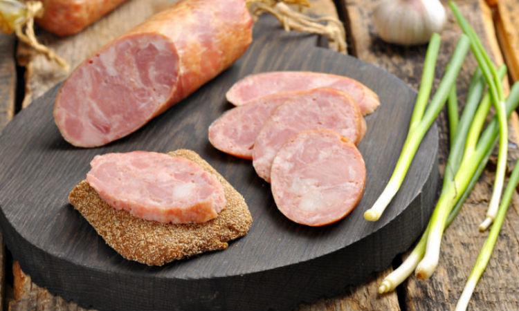 Домашняя ветчина за 3 часа: готовим из килограмма свинины на замену колбасе