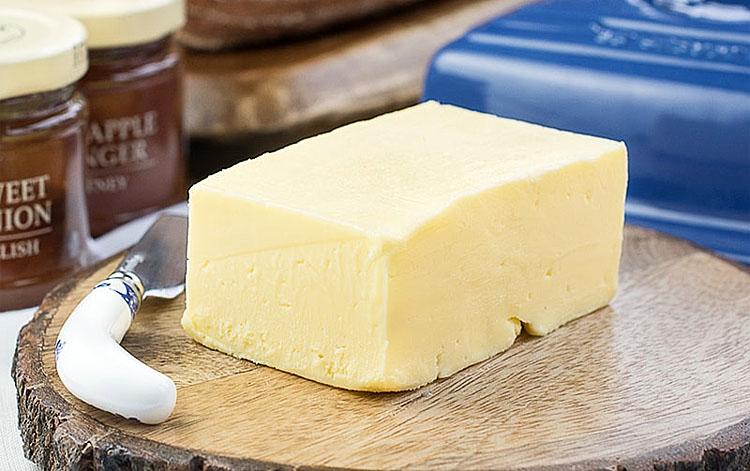 Делаем сливочное масло за 3 минуты: в отличие от магазинного, не замерзает и не водянистое