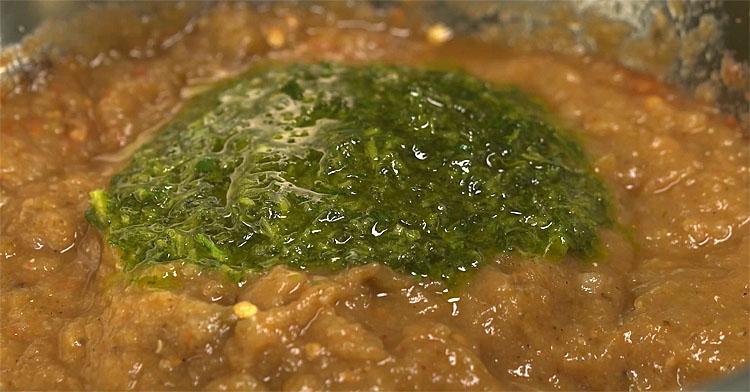 Баклажанна ікра зі смаком шашлику. Для отримання аромату спочатку запікаємо овочі в духовці