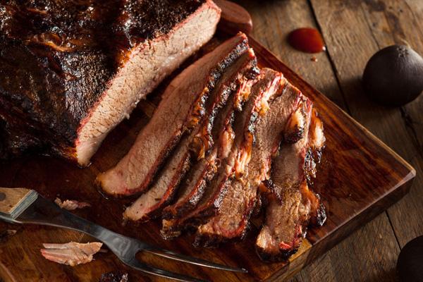 Как можно приготовить свиную шейку дома